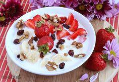 Owsianka truskawkowa, czyli śniadanie idealne | Zdrowe Przepisy Pauliny Styś