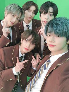 Korean Boy Bands, South Korean Boy Band, Pre Debut, The Dream, Twitter Update, Kpop Groups, K Idols, Bts Jungkook, Rapper