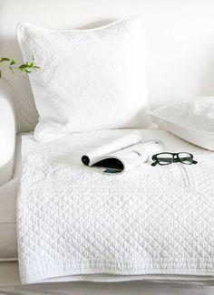 Clayre & Eef Gesteppte Decke 150 x 150 cm weiß
