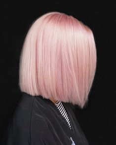 Image in pink🌸💗 collection by sarrahhazzem on We Heart It Pink Blonde Hair, Pastel Pink Hair, Hair Color Pink, Hair Dye Colors, Cool Hair Color, Light Pink Hair, Dye My Hair, Grunge Hair, Hair Highlights