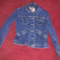 Levi's Jean Jacket In excellent condition Levi's Jackets & Coats Jean Jackets