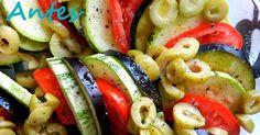 Quem acha que salada é a coisa mais sem graça do mundo ainda não foi apresentado a uma bela salada de abobrinha e berinjela. Eita...