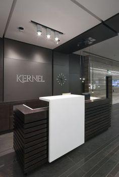 Черный ресепшн для офиса, зала, салона, банка из акрилового камня. Искусственный камень и интерьер офиса. Производство ресепшнов в Москве