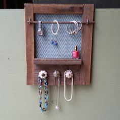 Pallet jewelry organizer Cut off boards and make shelves White