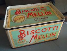 scatola_latta_Mellin_anni_60 Vintage Tools, Vintage Box, Old Advertisements, Vintage Italy, Childhood Days, Mind Games, Old Signs, Tin Boxes, Wine And Spirits