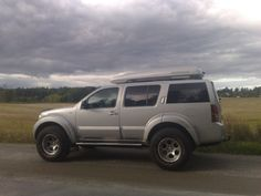 Nissan Pathfinder Arctic truck with Skiguard 750