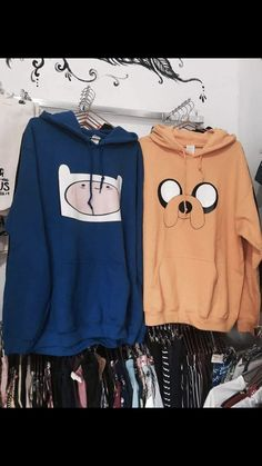 Did an employee put these together on purpose Kawaii Fashion, Cute Fashion, Fashion Outfits, Abenteuerzeit Mit Finn Und Jake, Best Friend Outfits, Vetement Fashion, Teenage Outfits, Kawaii Clothes, Mode Style