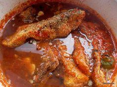 reteta pescareasca de saramura de peste Fish Recipes, My Recipes, Chicken Recipes, Chicken Steak, Chicken Wings, My Favorite Food, Favorite Recipes, Baked Cod, Romanian Food