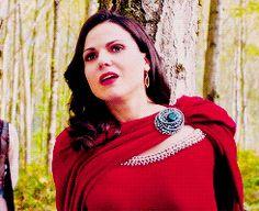 Regina Mills & her smile #OnceUponATime episode 8 1/2