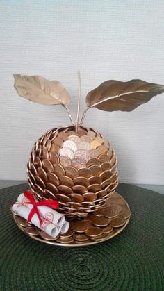 Geldapfel # # Geldapfel Geldapfel # # Geldapfel Geldapfel # apple # The post Geldapfel # # Geldapfel appeared first on Cadeau ideeën. Money Bouquet, Don D'argent, Coin Crafts, Creative Money Gifts, Gift Money, Coin Art, Creation Deco, Chocolate Bouquet, Craft Ideas