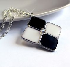 Black and White Stained Glass Sweater Necklace. Starting on Tophatter.com!