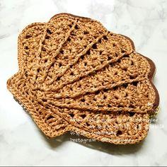 Crochet Potholders, Crochet Motif, Crochet Flowers, Crochet Stitches, Knit Crochet, Crochet Handbags, Crochet Purses, Knitting Patterns, Sewing