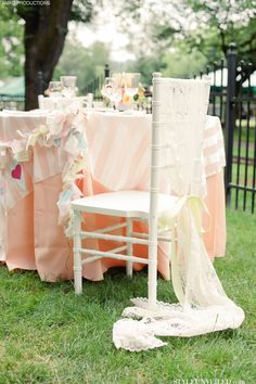 Vintage Carnival Wedding Tablescape Idea with Peach and Seafoam Details