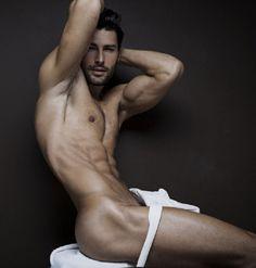 malebodyperfection: Marian Kurpanov