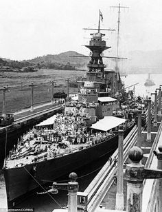 HMS Hood in the Panama Canal in with crew topside. Many photos of this iconic but ultimately doomed 15 in battlecruiser on this board - Bismarck sank her (only 3 survivors) in May Hms Hood, Capital Ship, Ghost Ship, Naval History, Panama Canal, Navy Ships, Submarines, Royal Navy, War Machine
