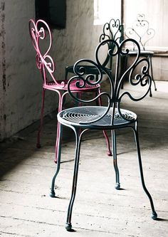 painted chairs - metal festival chair by nordal by bell & blue Wrought Iron Chairs, Wrought Iron Decor, Metal Chairs, Iron Furniture, Furniture Decor, Cane Back Chairs, Deco Boheme, Bistro Chairs, Painted Chairs