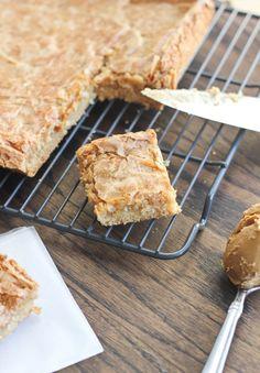 Biscoff Gooey Butter Cake from @Cassie Laemmli | Bake Your Day