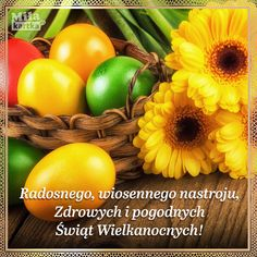 Easter Backgrounds, Wallpaper Backgrounds, Wooden Background, Background Images, Happy Easter Wallpaper, Gerbera Flower, Easter Egg Basket, Coloring Easter Eggs, Easter Colors