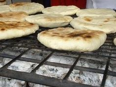 Churrascas , Talca Chile Chilean Recipes, Chilean Food, Salty Foods, Just Bake, Pan Bread, Latin Food, International Recipes, I Foods, Mexican Food Recipes