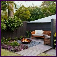 34 Modest Fire Pit and Seating Area for Backyard Landscaping Ideas - Page 18 of Small Patio Garden Design Ideas For Your Backyard 4265 Awesome Backyard Fire Pits with Seating Ideas - HomeSpecially backyard ideas for small yards layout pi Small Garden Landscape Design, Small Backyard Design, Backyard Patio Designs, Small Backyard Landscaping, Landscaping Design, Backyard Ideas For Small Yards, Backyard Pools, Small Back Garden Ideas, Small Garden Inspiration