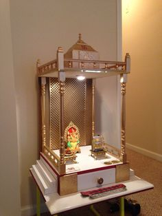 9 Small Mandir Design Ideas for Indian Homes (Wall Cabinets Included! Pooja Room Door Design, Home Room Design, Home Interior Design, House Design, Interior Designing, Temple Design For Home, Home Temple, Small Bathroom Renovations, Bathroom Design Small