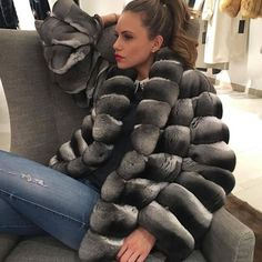 Image may contain: one or more people and people sitting Fur Fashion, Winter Fashion, Chinchilla Fur Coat, Sexy Women, Women Wear, Fur Accessories, Under My Skin, Fur Collars, Coats For Women