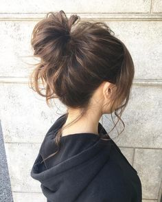 Pin by Kathleen Mueller on Hair: Half-up Hair Up Styles, Medium Hair Styles, Hair Arrange, Japanese Hairstyle, Permed Hairstyles, Flower Hairstyles, About Hair, Hair Looks, Hair Inspiration