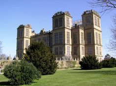 Hardwick Hall, built by Bess of Hardwick in the late 1500s, Derbyshire.  http://www.southnormanton.com/wp-content/uploads/2011/04/Hardwick-Hall.jpg