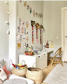 Kids Workspace Inspo and Image Regram thanks to pamela__davidson based in Australia. Absolutely love everything about this room Kids Workspace, Deco Kids, Kids Room Design, Kids Corner, Deco Design, Kid Spaces, Kids Bedroom, Room Kids, Bedroom Ideas