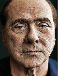 Le foto di Berlusconi sul magazine del Sunday Times sono spettacolari. pic.twitter.com/ZFQbPBsCum