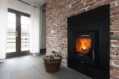 47 Fireplaces to Warm Your Inspiration (Photo Gallery)