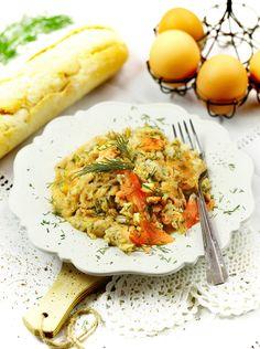Jajecznica z wędzonym łososiem  #śniadanie #przepis #jajecznica #łosoś #POLOmarket