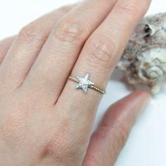 Hammering Starfish Ring