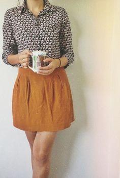 Falda color mostaza