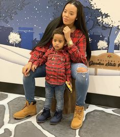 Mother Son Matching Outfits, Mom And Son Outfits, Baby Boy Outfits, Kids Outfits, Mommy And Son, Mom And Baby, Cute Kids Fashion, Baby Boy Fashion, Mother Son Photos