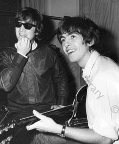 Love pictures of George and John. From everything I've read, George looked up to John so much and John always made time for George-no matter how busy he was. Now that's friendship