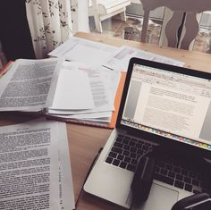 fitforfightx: It's an essay writing kinda day The holidays are (sadly) over, and I want to finish this exam paper before the next semester starts!