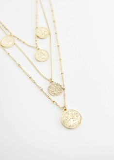Jewelry for Women 2019 Mango, Jewelry Necklaces, Gold Necklace, Gold Coins, Crochet, Initials, Women Jewelry, Charmed, Accessories