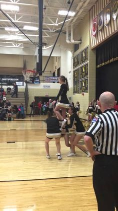 Love the dismount! Ground up lib - cheer Cool Cheer Stunts, Cheer Jumps, Cheer Coaches, Cheer Mom, Cheer Stuff, Team Cheer, Cheer Dance Routines, Cheer Quotes, Cheerleading Quotes