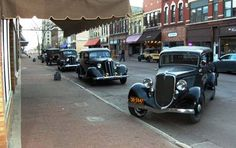 "Several mid-1930s cars on the set of the film ""Public Enemies""."