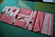 Embroidery/sewing travel kit