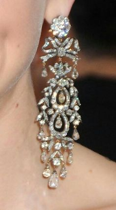 Diamond chandelier earring