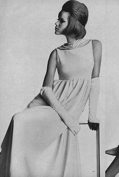 Veruschka, March Vogue 1963. Photo by Irving Penn.