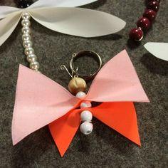 Fjäril med reflexvingar. Textiles, Drop Earrings, Diy, Jewelry, Xmas, Jewlery, Bricolage, Bijoux, Schmuck