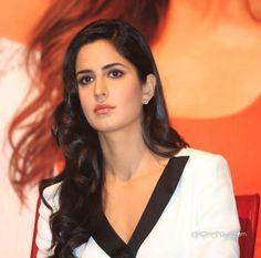 #MoviesChitChat team wishes a very Happy #Birthday to #Bollywood beauty Katrina kaif #KatrinaKaif #TodaysBirthdays