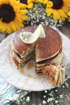 PaleOMG Lemon Poppyseed Pancakes Paleo Breakfast, Breakfast Recipes, Breakfast Ideas, Breakfast Muffins, Brunch Recipes, Crepes, Desayuno Paleo, Keto, Gluten Free Breakfasts