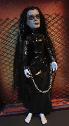 DARK-OWL-Monster-High-Custom-Repaint-OOAK-Art-Doll-Goth-Gothic-Halloween-Fantasy