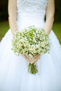 babys-breath-bridal-bouquet-love-by-serena-photography
