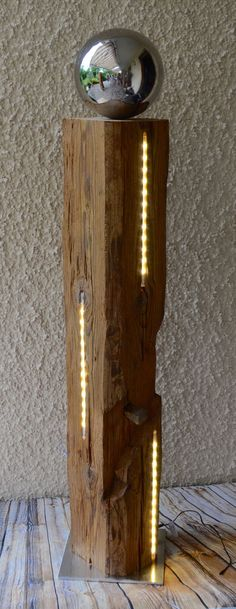 Holzbalken mit LED V - - wood projects, wood project Diy Wood Projects, Wood Crafts, Woodworking Projects, Wood Lamps, Mason Jar Lamp, Diy Crafts To Sell, Barn Wood, Wood Art, Beams