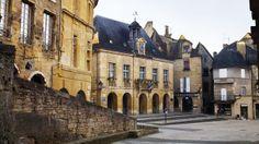 Place de la Liberte, Sarlat-la-Caneda, Dordogne, France